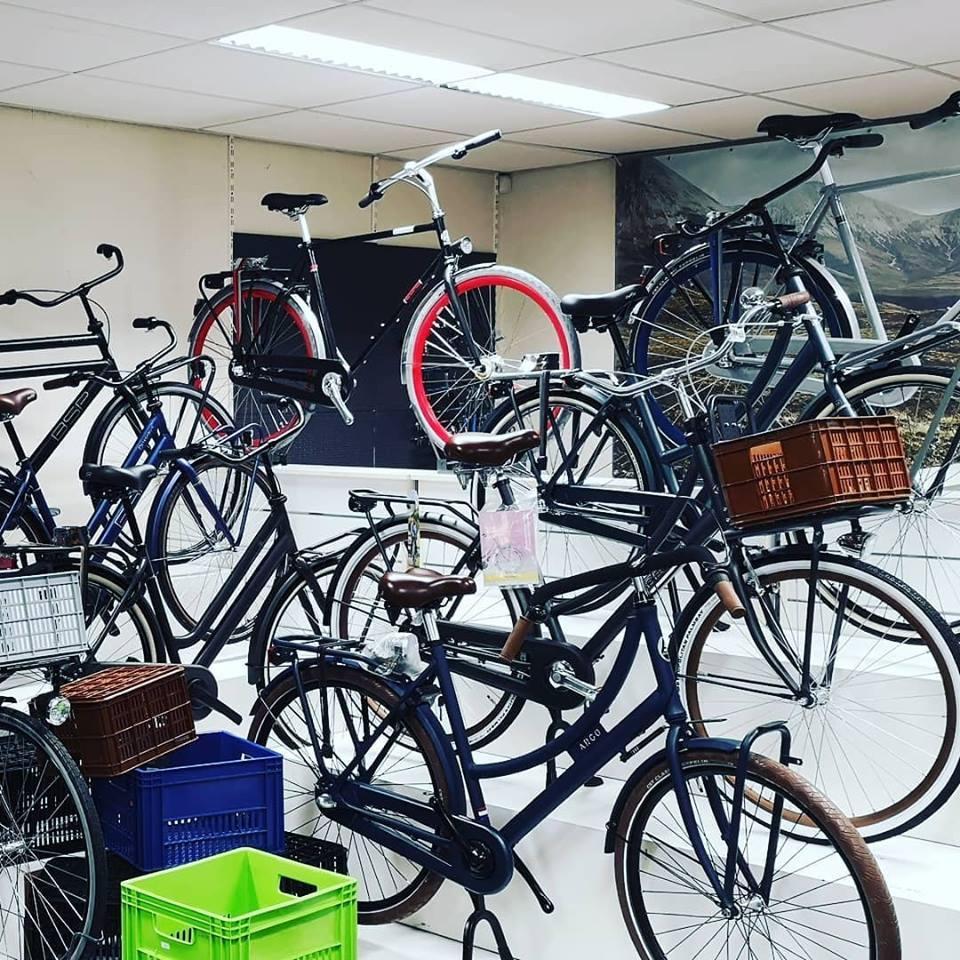 Grote fietsenwinkel Rotterdam Avalon BSP transportfietsen en opafietsen omafietsen kopen bij de